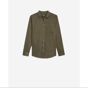 EXPRESS Linen-Blend One Pocket Boyfriend Shirt